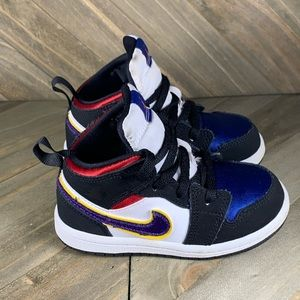 "Nike Air Jordan 1 Retro Mid ""Black Field Purple"""